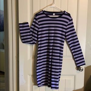 Old Navy striped dress. Purple and navy